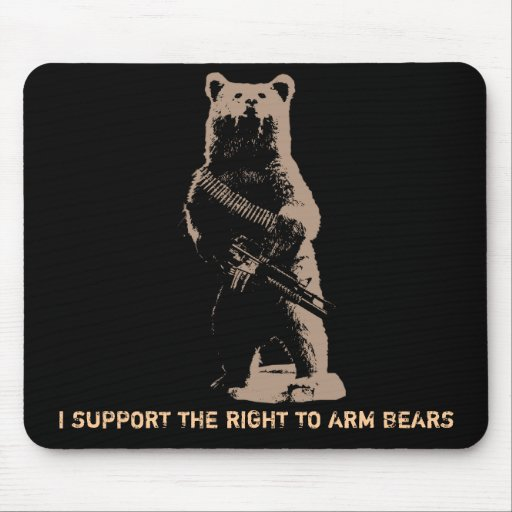 El oso arma al oso grizzly alfombrilla de ratones