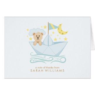 El oso de papel del barco le agradece las notas tarjeta pequeña