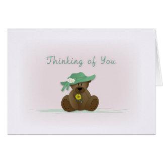 El oso de peluche de Sunbonnet que piensa en usted Felicitación