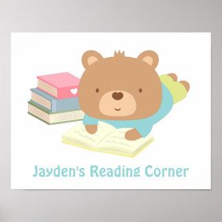El oso de peluche lindo reserva la esquina de la póster