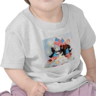 El oso del patriota celebra el cuarto de julio camiseta