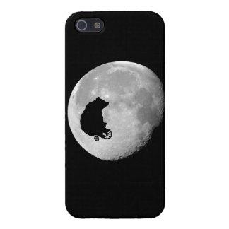El oso en la luna iPhone 5 protector