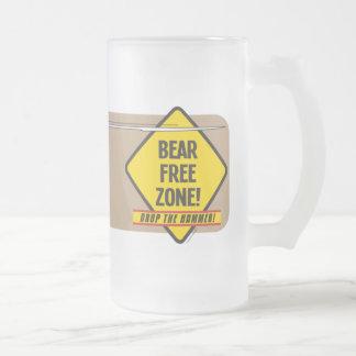 El oso libera la taza de 2 vidrios esmerilados