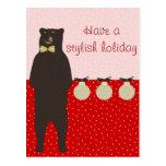 el oso marrón del arco tiene un día de fiesta postal