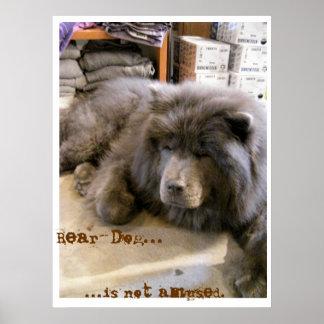 El Oso-Perro… no se divierte Poster