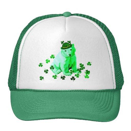 El oso polar de St Patrick verde Gorras De Camionero