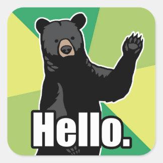 El oso que agita dice hola pegatina cuadrada