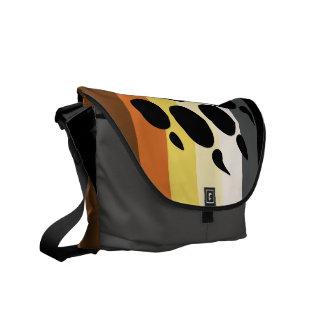 El oso raya la bolsa de mensajero bolsas de mensajeria
