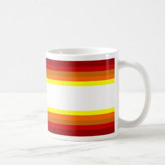 el otoño colorea la taza de café