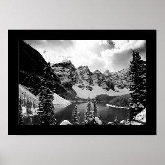 El otro lago moraine negro y blanco poster