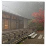 El pabellón en el jardín del japonés de Portland Azulejo Cuadrado Grande