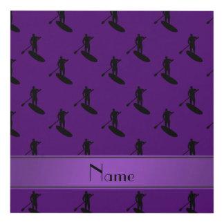 El paddleboarding negro púrpura conocido cuadro