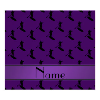 El paddleboarding negro púrpura conocido póster