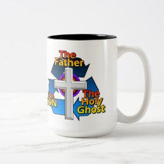 El padre, el hijo, y el espíritu santo taza de café de dos colores