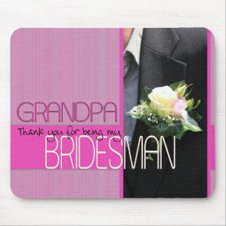 El padrino de boda del abuelo le agradece tapetes de ratones