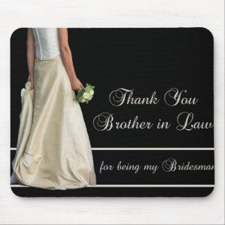 El padrino de boda del cuñado le agradece mousepads