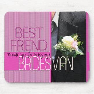 El padrino de boda del mejor amigo le agradece tapete de raton