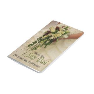 El padrino de boda del papá del paso le agradece cuadernos