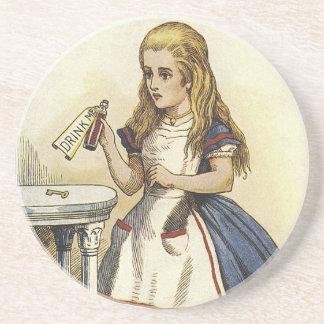 El país de las maravillas de Alicein me bebe los p Posavasos Diseño