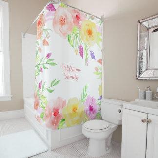 el país de los rosas de la cabaña florece color en cortina de baño
