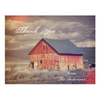 el país rojo occidental rústico del barnhouse le a postales