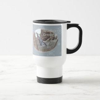 El pájaro cantante del trepatroncos del gris de pi tazas