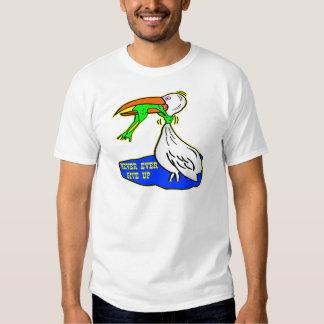 El pájaro de la obstrucción de la rana da nunca camisas