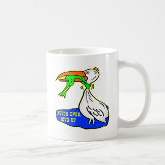 El pájaro de la obstrucción de la rana da nunca taza clásica