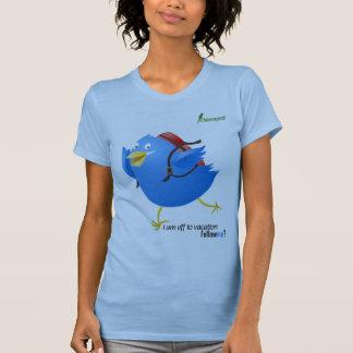 El pájaro del gorjeo va por vacaciones camiseta