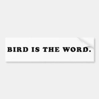 El pájaro es la palabra pegatina para auto