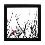 El pájaro rojo por las pimientas de Leslie Joyero Cuadrado Grande