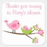 El pájaro rosado adaptable de la mamá y de bebé aj pegatina cuadradas personalizada