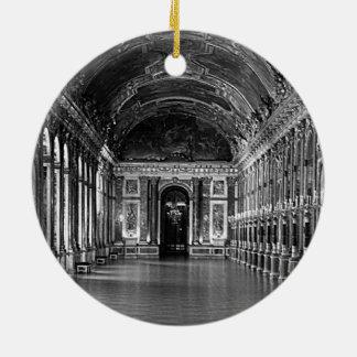 El palacio de Francia Versalles refleja la galería Adorno Redondo De Cerámica