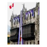 """El palacio del arzobispo con los """"balcones"""" Lima Postal"""
