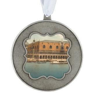El palacio I, Venecia, Italia del dux Adorno Ondulado De Peltre