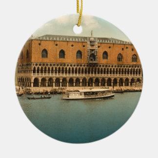 El palacio I, Venecia, Italia del dux Adorno Redondo De Cerámica