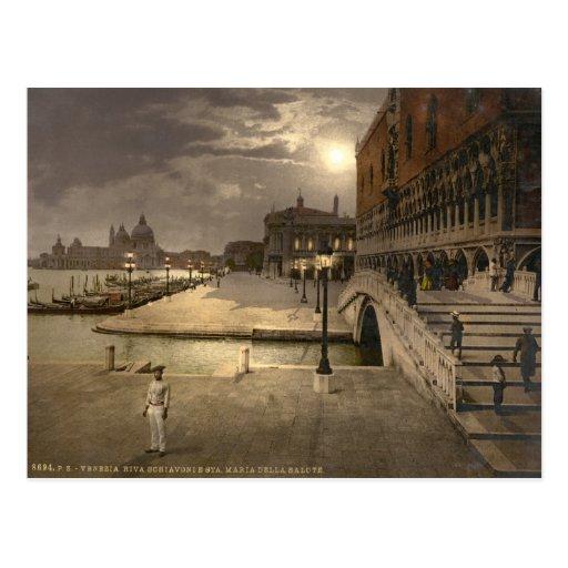 El palacio por claro de luna, Venecia, Italia del  Postal