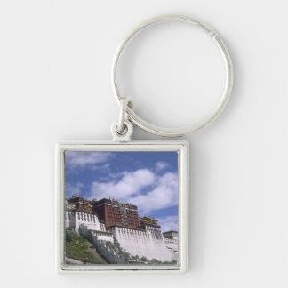 El palacio Potala en la montaña el hogar del Dalai Llavero Cuadrado Plateado