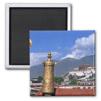 El palacio Potala en Lasa, Tíbet tomado de Imán De Nevera