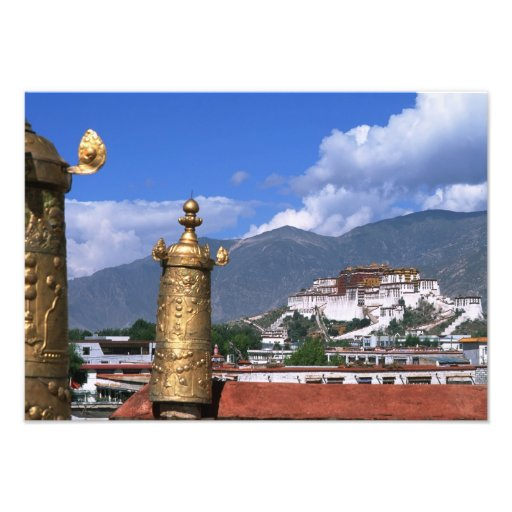 El palacio Potala en Lasa, Tíbet tomado de Fotografia
