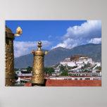 El palacio Potala en Lasa, Tíbet tomado de Poster