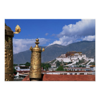 El palacio Potala en Lasa, Tíbet tomado de Póster