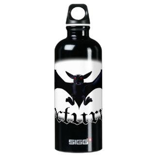 El palo gótico nocturno bebe las botellas