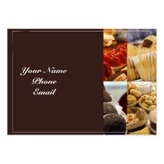 El panel de cuatro postres en marrón plantilla de tarjeta de visita