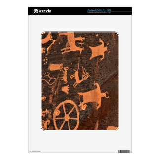 El panel del petroglifo de la roca del periódico - iPad calcomanías