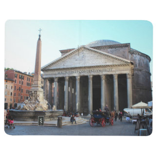 El panteón y su cuadrado famoso en Roma, Italia Cuadernos