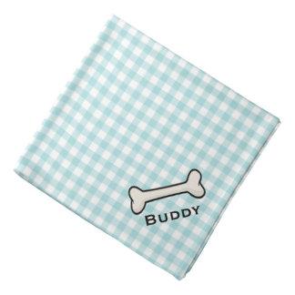 El pañuelo azul y blanco del perro de la guinga de bandanas