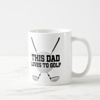 El papá ama la taza del regalo del golf