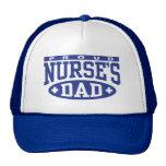 El papá de la enfermera gorro