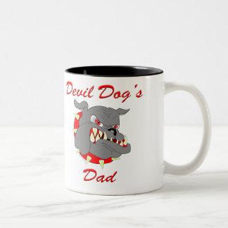 El papá del perro de diablo del USMC Taza